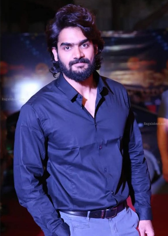 Kartikeya Gummakonda (RX100) Age, Height, Father, Girlfriend