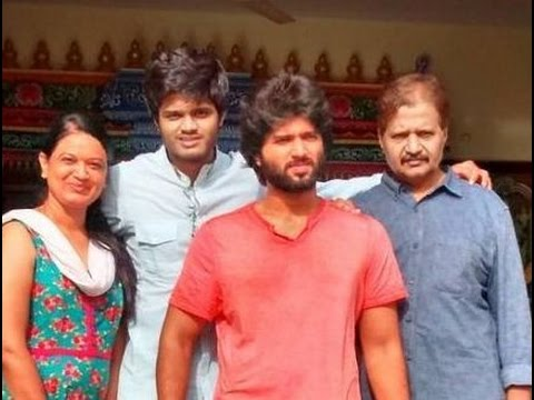 Vijay Devarakonda Age, Height, Family, Wiki, Caste, Father